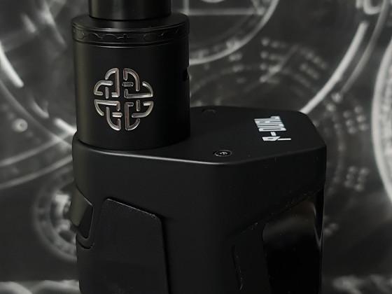 Vandyvape Pulse Dual / Hellvape Aequitas RDA
